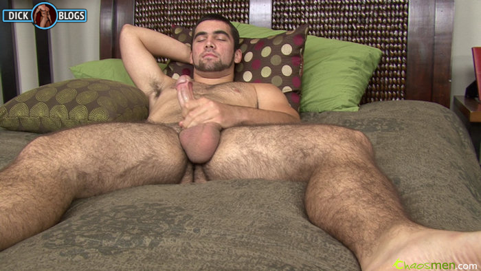 Straight guy with massive balls jacking off
