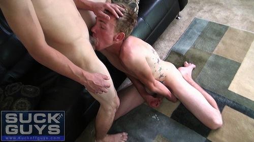 Sucking dick while guy is cumming