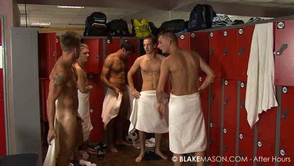 straight guys locker room