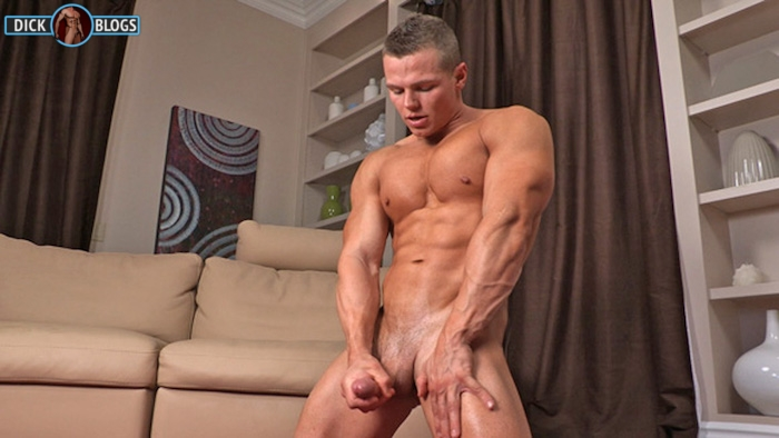 muscle man jacking off