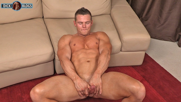 muscle man jerking his hard cock