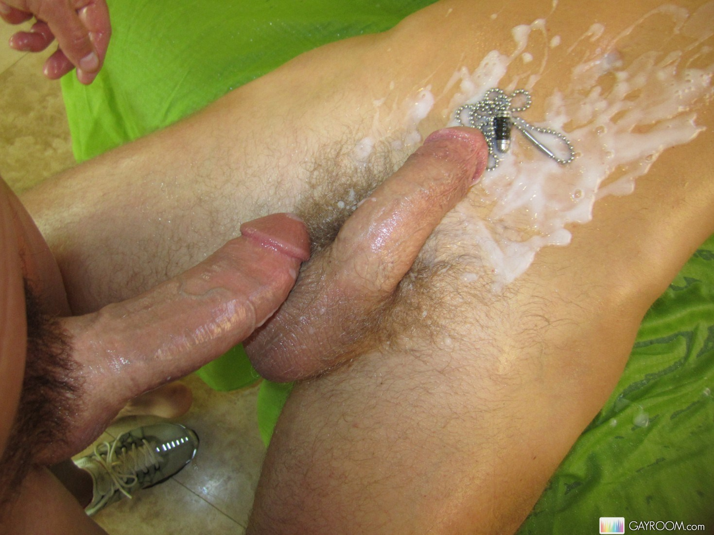Massive Cum Squirte Gay