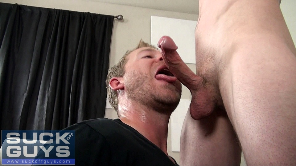 Straight Guy Cums After Getting Sucked Off
