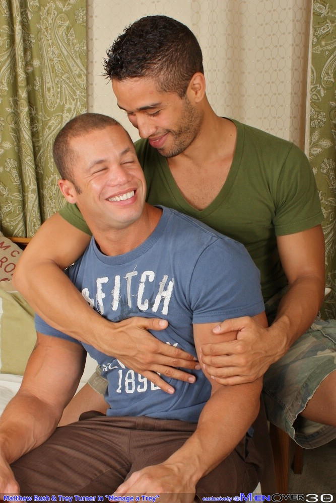 Muscle Cock Fucking at Men Over 30 (1)
