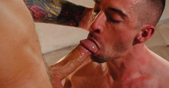 muscle guys sucking cock