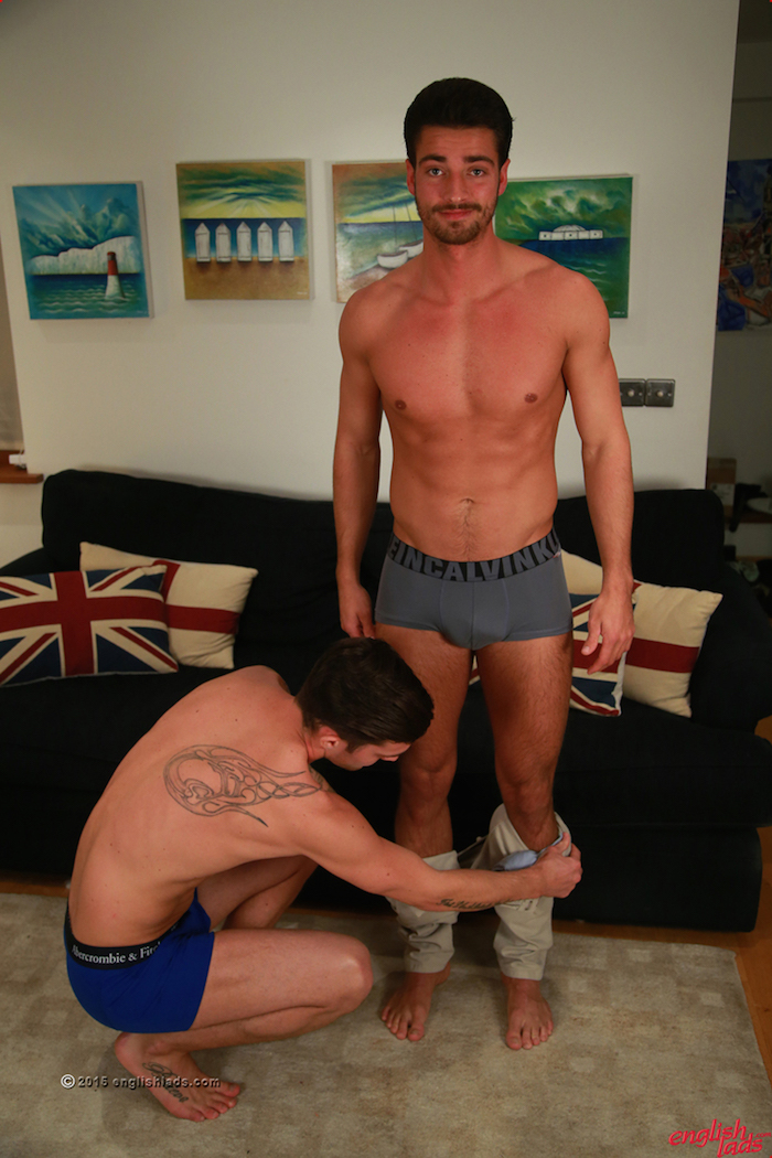 straight guys wank fun