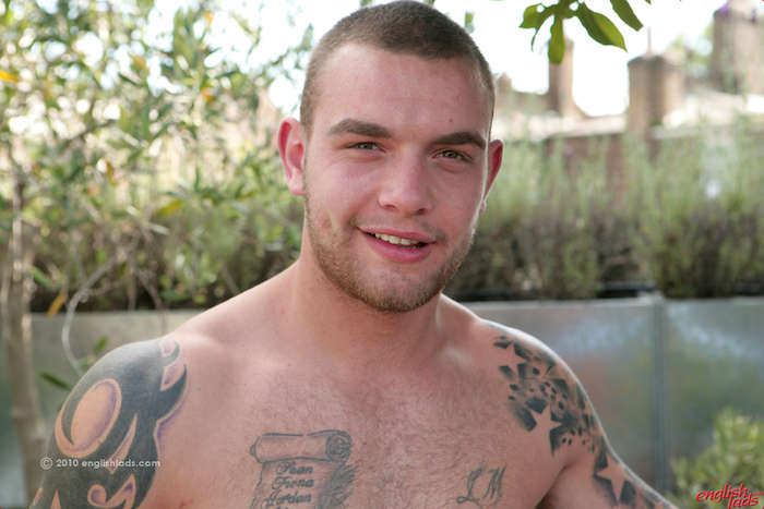straight-brothers-wanking-uncut-cocks-andy-lee-brings-paddy-lee-stroke-sun 14