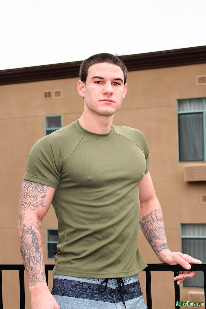 military-cock-straight-guy-anthony-banks-1