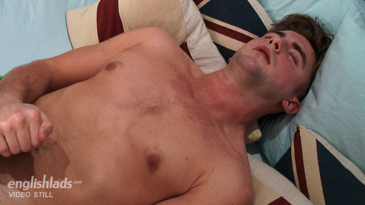 Straight guy cumming, Miles Richards at Englishlads