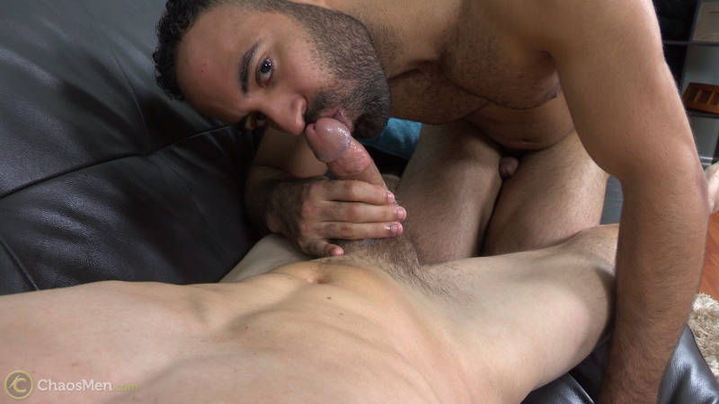 gay guy sucking a straight guys cock