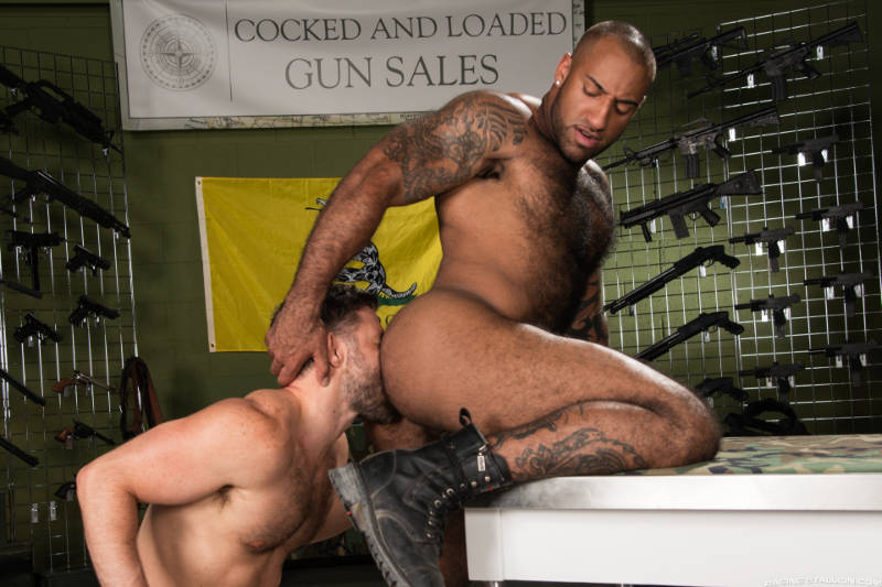 gay men rimming ass in an interracial video