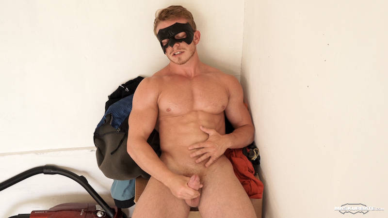straight muscle man wearing a mask and jacking off