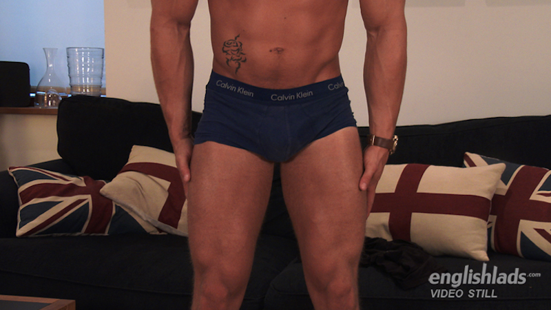 muscle man thighs in a jerk off video