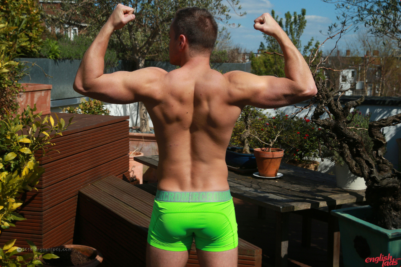 Straight muscle jock in his underwear