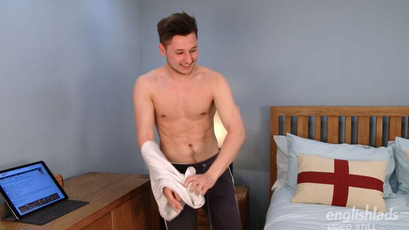 straight boy taking his shirt off for a hand job massage
