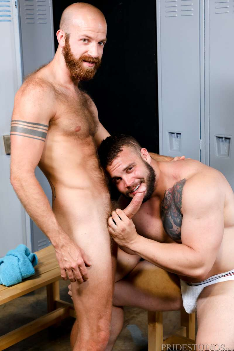 muscle man sucking cock in the locker room